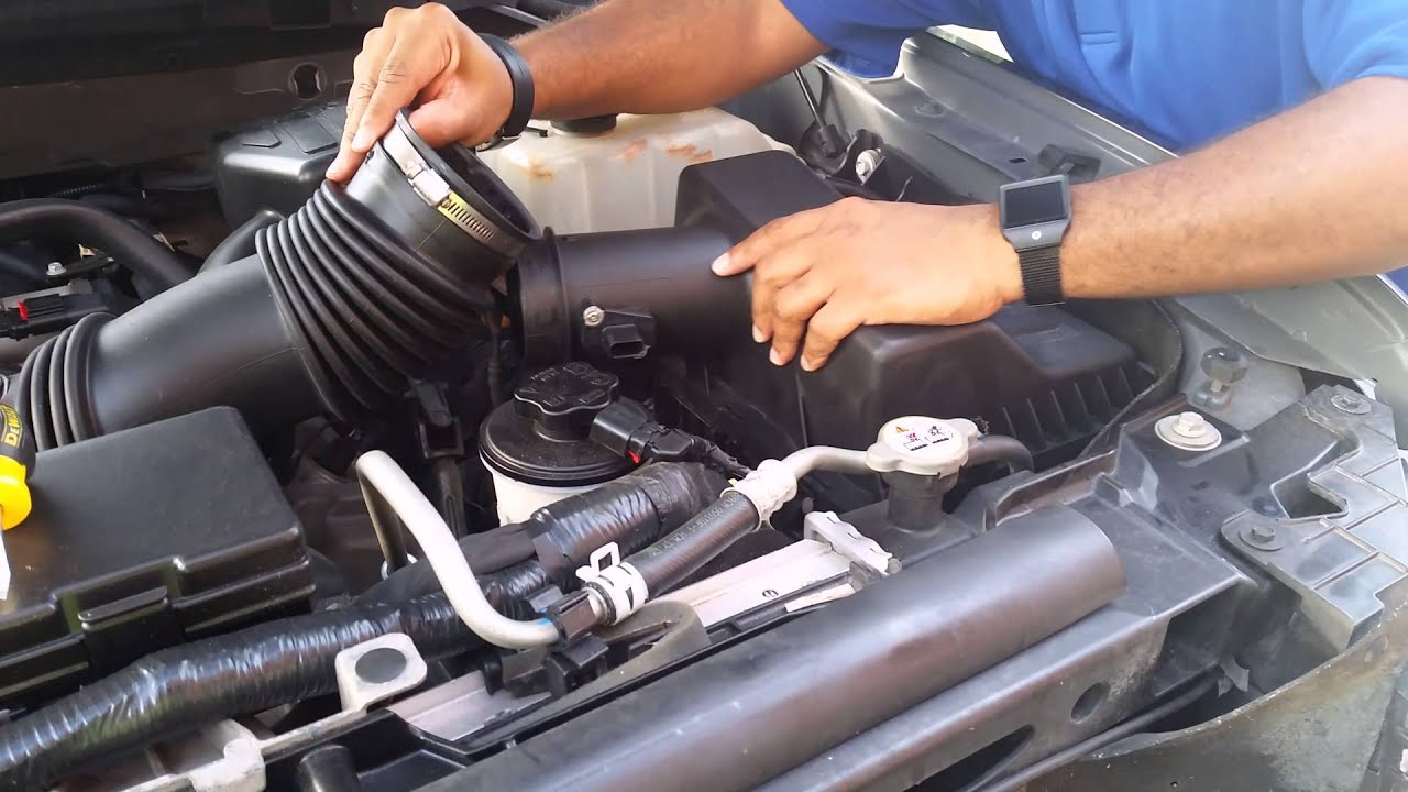 changing the air filter on 2010 f150
