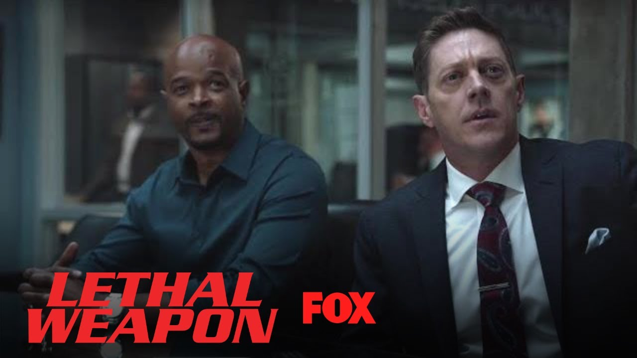 captain-avery-calls-the-new-deputy-da-season-3-ep-8-lethal-weapon