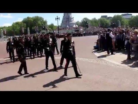 Buckingham Palace Changing Guard London