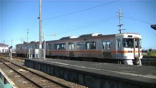 JR多気駅に入線するキハ25系1500番台M115編成普通鳥羽行き
