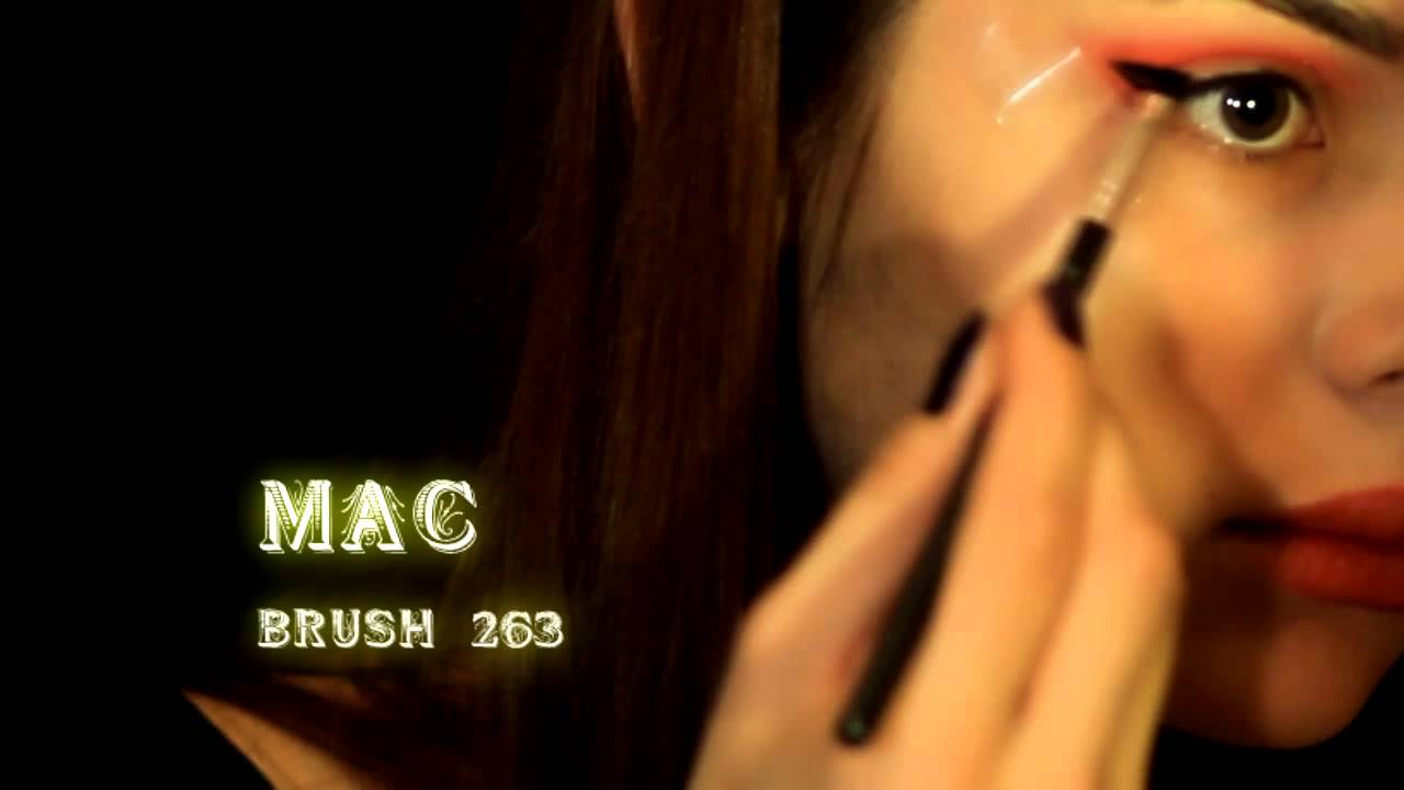 MW Vampire Makeup Tutorial Transformation Необычный Вечерний Макияж Halloween