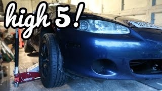 How To Jack Up A Mazda MX5 Miata