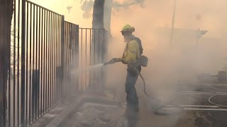Firefighters battle Southern California blaze