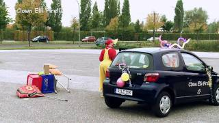 Clown Elli Pirelli hat ne Panne (HD)