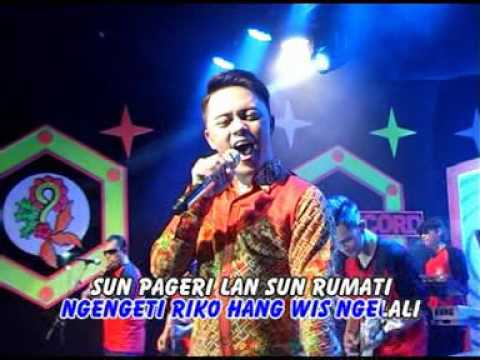 Danang DA2 - Ngelali  Official Music Video