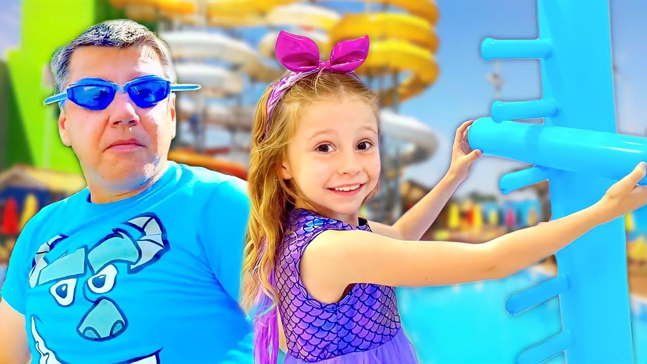 Nastya et papa sont en compétition pour des cadeaux avec de nouveaux jouets gonflables