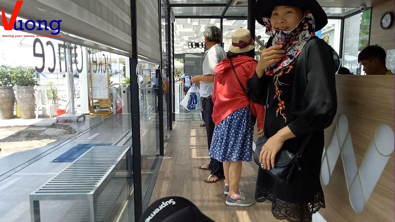 Hugo mua vé khám phá buýt sông SG và vinhomes central park hay landmark 81