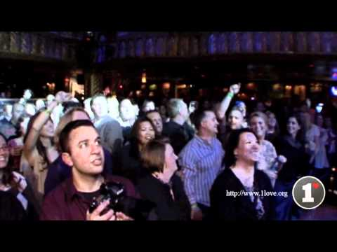 """Stephen, Julian, Damian, & Cedella Marley Performing """"Could You Be Loved"""" @ The House of Blues"""