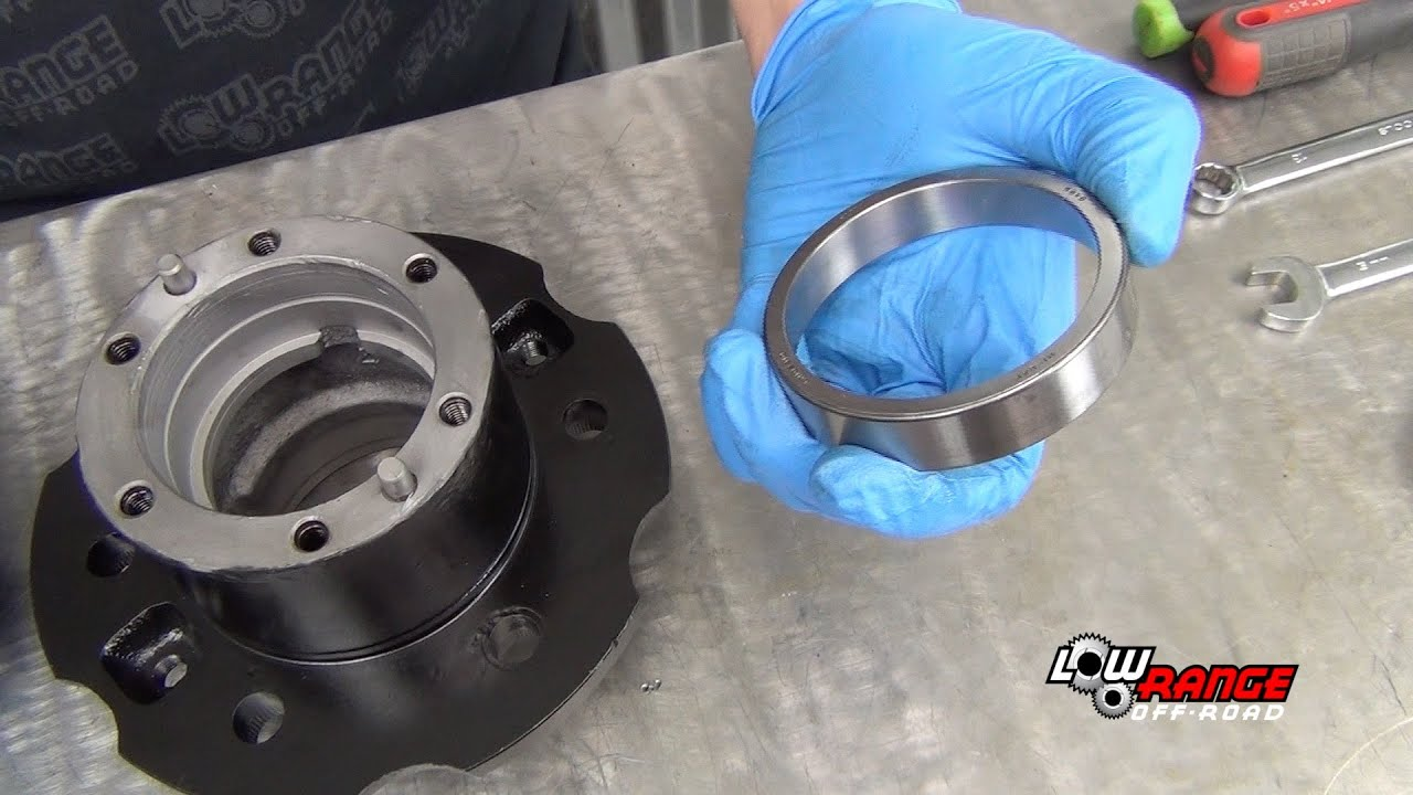 How To Rebuild A Toyota 4X4 Solid Front Axle (Part 5) Rebuilding Hub &  Rotor Assembly