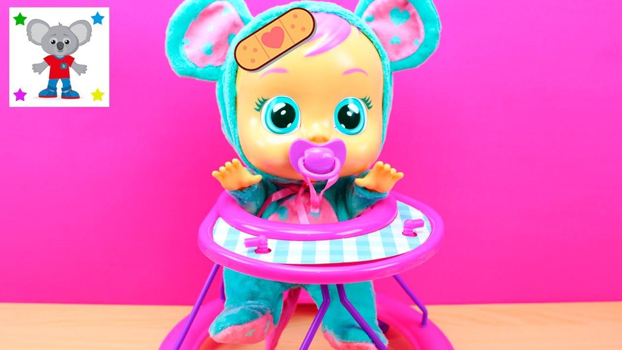 Videos De Bebes Llorones Muneca Lala El Bebe Lloron Lala Se Cae