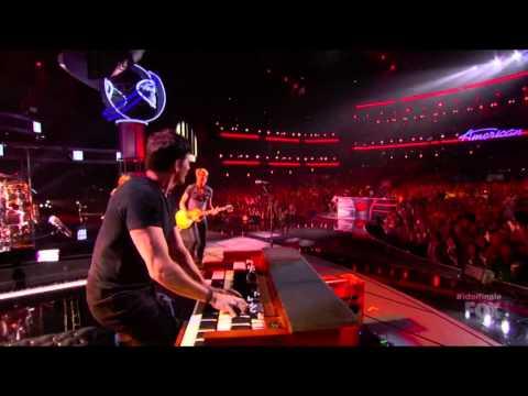 Jennifer Lopez, Keith Urban, Harry Connick Jr., Randy Jackson - American Idol S13E39 Judges Rock