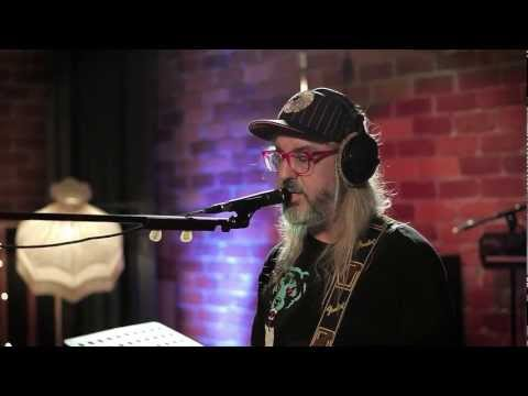 In Session: Dinosaur Jr. - Crumble