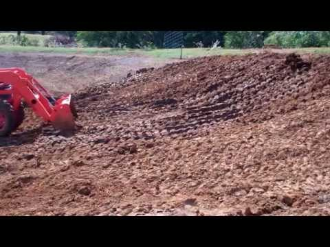 how to stop a farm pond from leaking