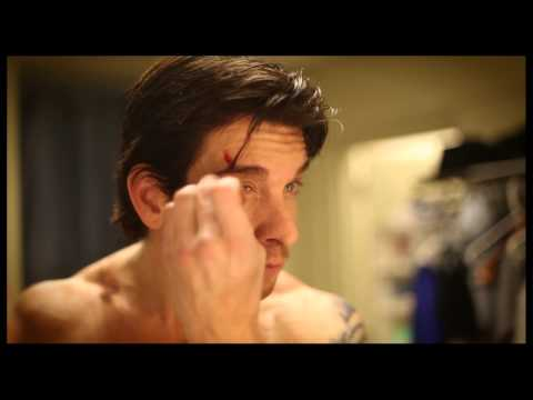 "Character Study: Watch Andy Karl Prepare to Step In the Ring as Rocky Balboa Backstage at ""Rocky"""