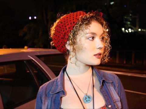 Kate Miller-Heidke - Supergirl