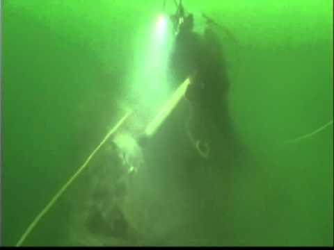 Underwater Rock Breaking.wmv