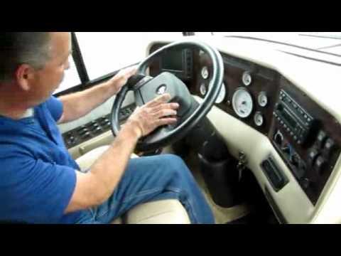 2004 Beaver Monterey 40' Class A Motorhome