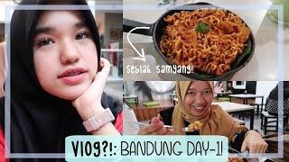 Download Video VLOG?! [22]: Pesta Seblak di Bandung! | Bandung Day 1 MP3 3GP MP4