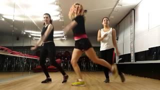 Zumba Zeynep - Hande Yener Sebastian Video