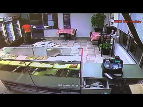 Texas cop arrives at doughnut shop seconds before robbery