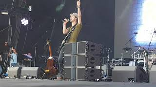 LETS ROCK SOUTHAMPTON 2017 - Chesney Hawkes - One and Only