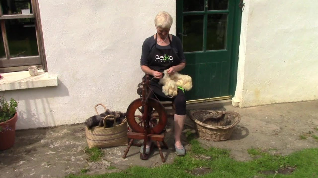 how to clean raw wool