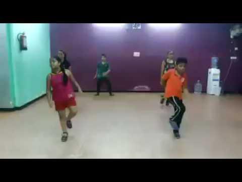 Saturday Saturday video - Humpty Sharma ki dulhaniya