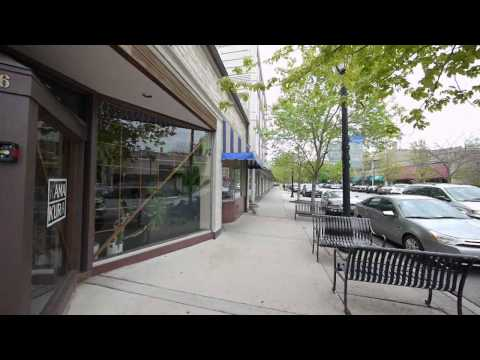 BlockWalks:  Central Street in downtown Wilmette