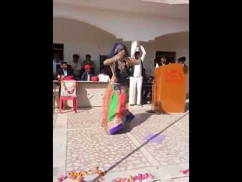 Sarere Sarere Udere Satrangi Tharo Lehriyo