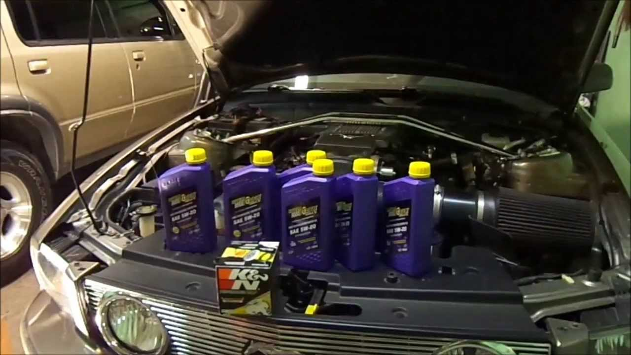 how to: 2005 mustang gt oil change - youtube