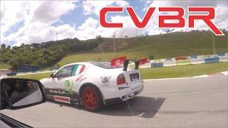 CVBR #28 - Pegas durante desfile de carros e pilotos