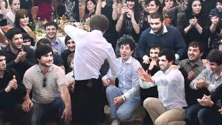 Даги танцуют лезгинку! Жи есть по кайфу! От души!Несравненная огненная четкая от ансамбля Ватан