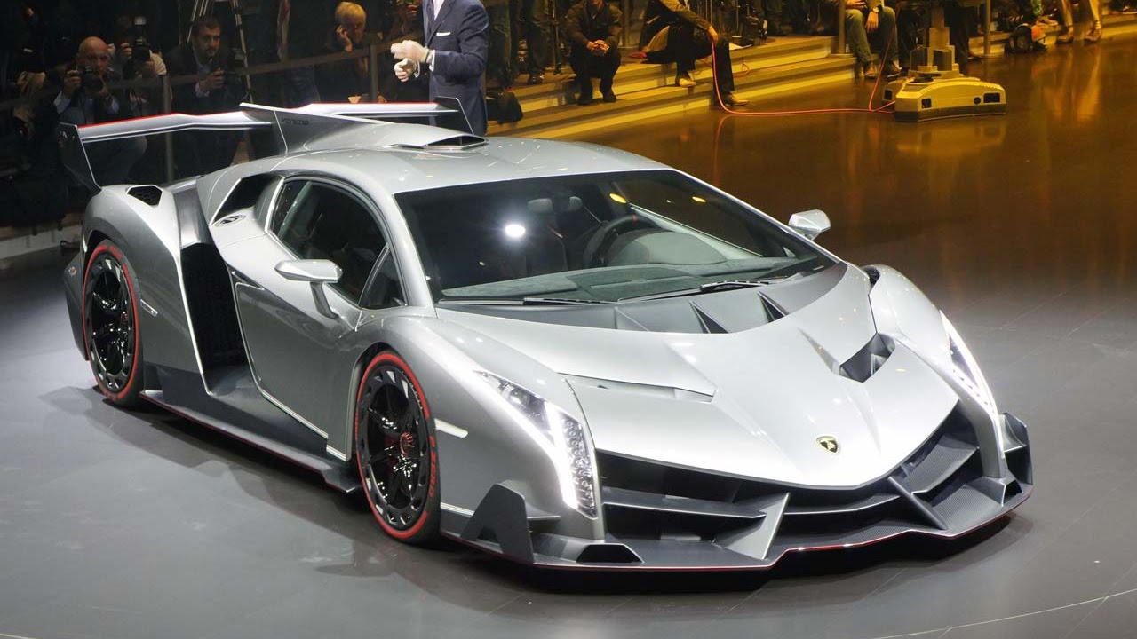 Lamborghini Veneno Sonido De Arranque Sobre Carretera