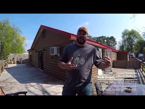 Home For Sale in Alton, Missouri| United Country Cozort Realty, Inc