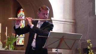 Claude Régimbald interprète 3 pièces pour flûte seule, de Pierre-Octave Ferroud