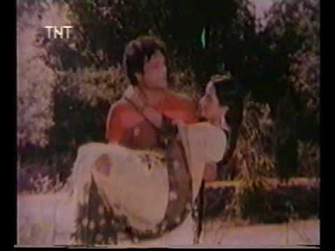 E Daktar Babu - Piya Ke Gaon - Bhojpuri Film