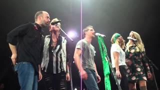 Miranda Lambert featuring Ashley Monroe Shed a Little Light Live in Dublin