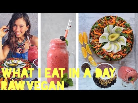 WHAT I EAT IN A DAY! Raw Vegan & Healthy