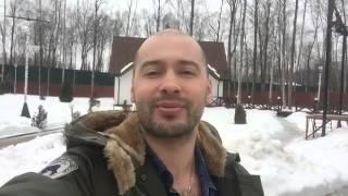 Андрей Черкасов поздравляет с 8 марта