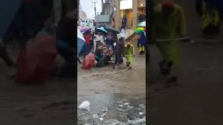Funny flood in Kenya - Eastleigh