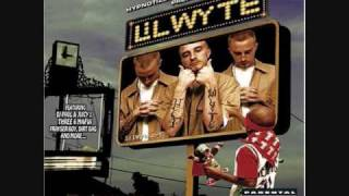 Watch Lil Wyte Phinally Phamous video