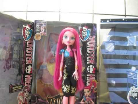 джи-джи грант с распушенными волосами Monster High GiGi Grant 13 Wishes