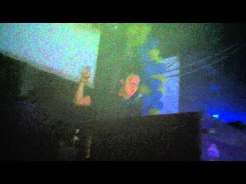 Alesso - ID w/ R.E.M - Losing My Religion