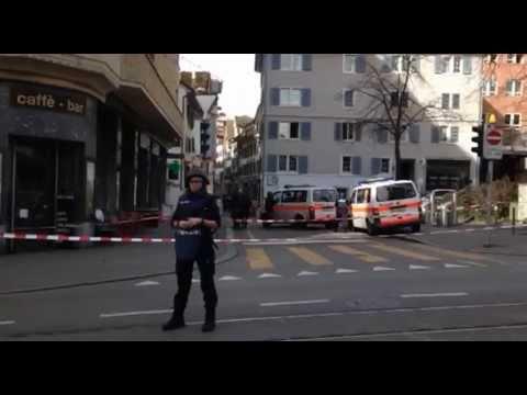 Polizei stürmt Post beim Zürcher Bellevue