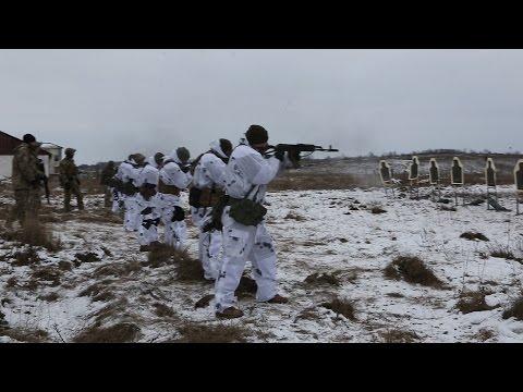 Спецназ США проводит подготовку военнослужащих Сил специальных операций Украины