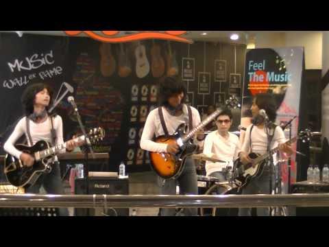 T-KOES Band @ Plaza Blok M