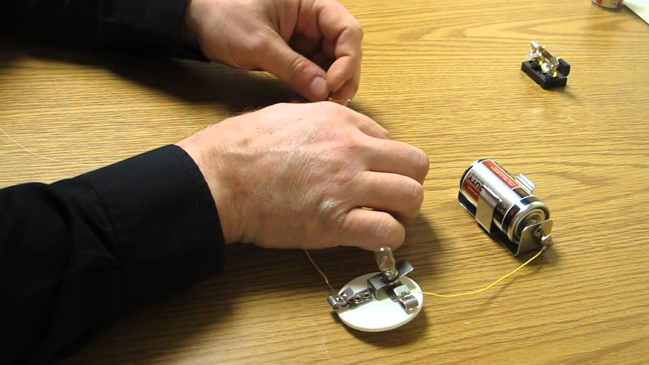 G4 Magnetism And Electricity How To Make A Series Circuit With Two Light Bulbs