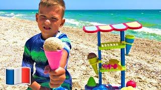 Cinq Enfants font les vendeurs de glaces