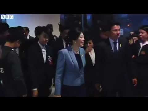Court orders Thai PM to stand down - 2014