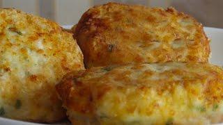 Домашние куриные котлетки с творогом,сыром и зеленью